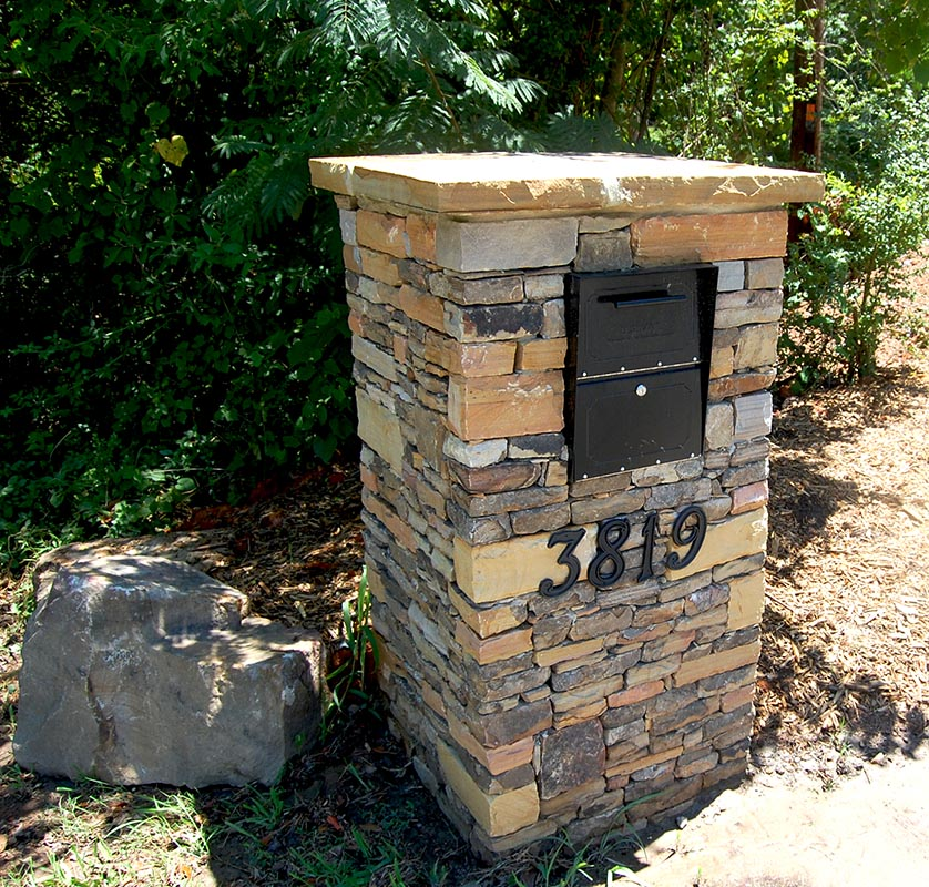 Boulder And Stone Mailbox Holly Springs Georgia